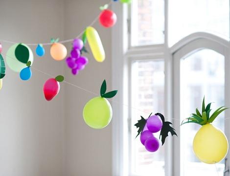 decorar con globos frutas