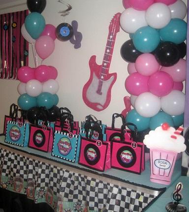 fiesta años 50 globos