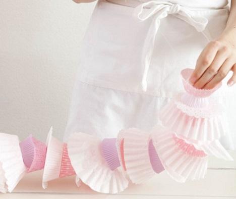 hacer guirnaldas con cupcakes rosa
