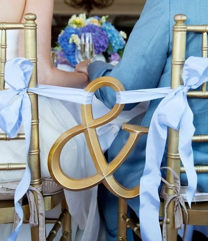 decoracion sillas eventos pareja