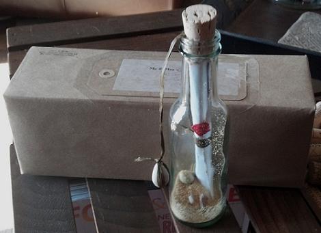 Invitación de boda en botella