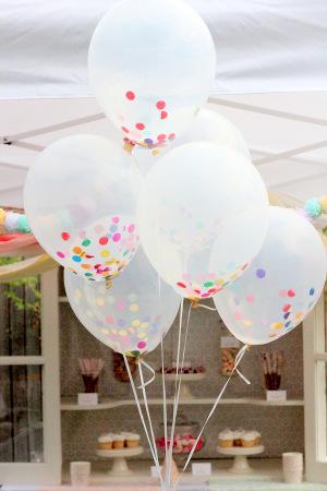 decorar fiesta cumpleaños globos transparentes