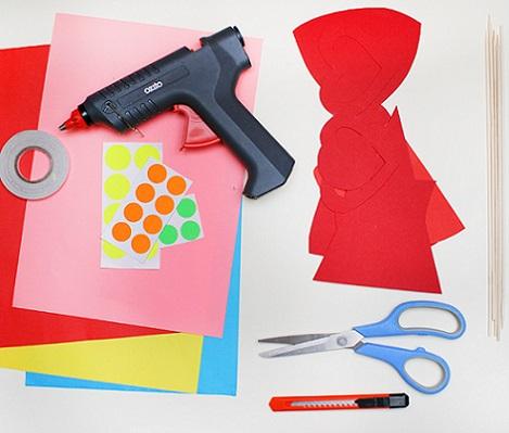 hacer photocall casero cartulinas materiales