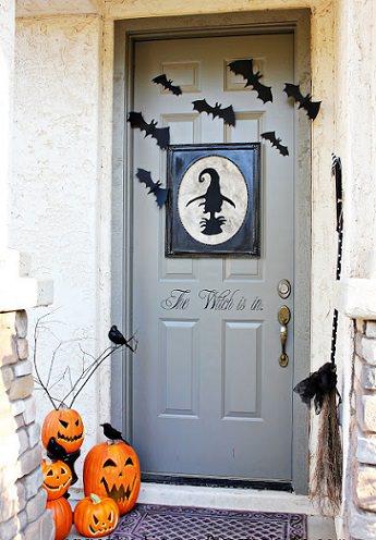 decoración puerta halloween