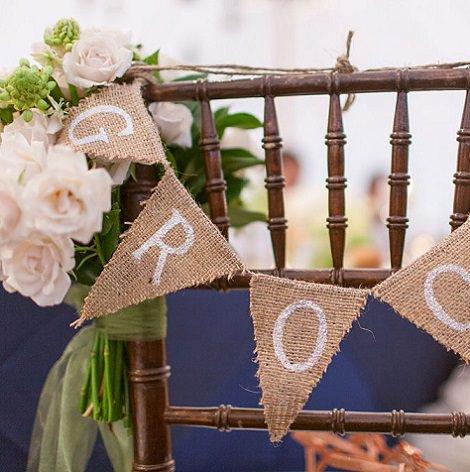 Ideas para decorar sillas para bodas y eventos for Como decorar una casa antigua